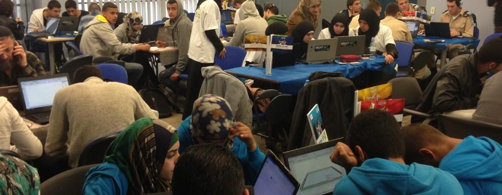 השכרת מחשבים ואספקת אינטרנט מהיר לתחרות ברשת עמל